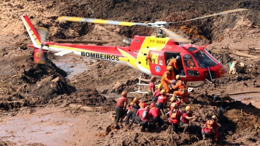 Prosseguem os trabalhos das equipes de resgate a procura de vítimas nas áreas cobertas de lama após o rompimento da barragem da Mina do Feijão, da mineradora Vale, em Brumadinho (MG) - WILTON JUNIOR/ESTADÃO CONTEÚDO