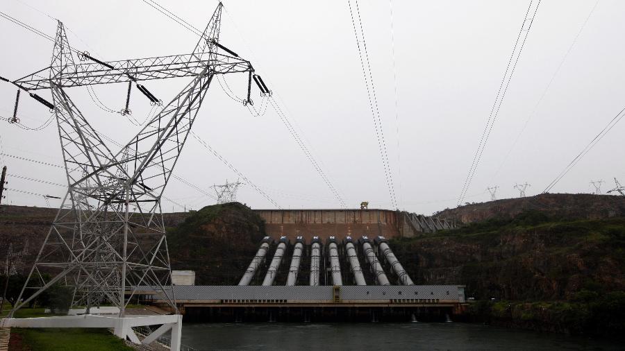Usina hidrelétrica de Furnas, em São José da Barra (MG) - Paulo Whitaker