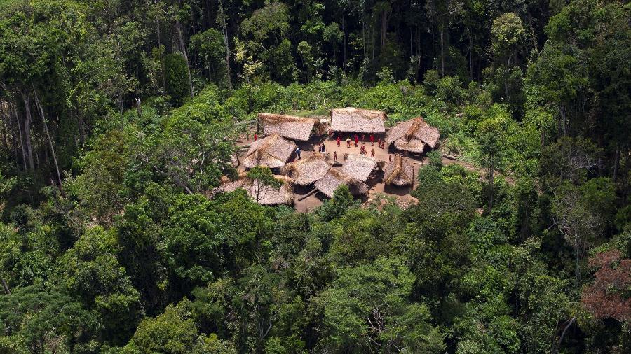 Comunidade ianomâmi - Carlos Garcia Rawlins