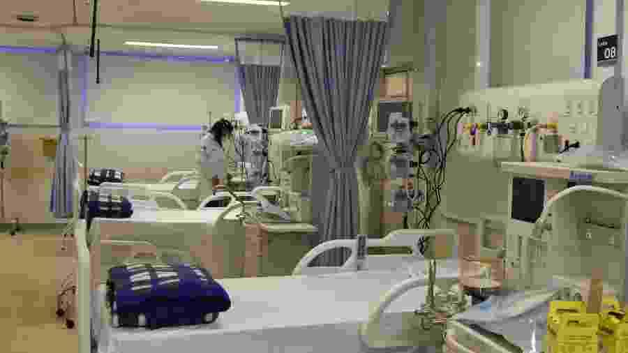 18.abr.2020 - Instalações dos novos leitos para paciente diagnosticados com o novo coronavírus no Hospital Municipal da Bela Vista, no centro de São Paulo - ROBERTO CASIMIRO/FOTOARENA/FOTOARENA/ESTADÃO CONTEÚDO