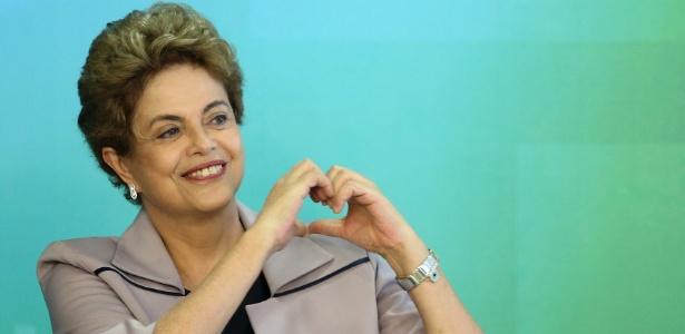 31.mar.2016 - A presidente Dilma Rousseff durante encontro com artistas e intelectuais em defesa da democracia
