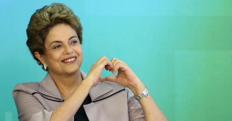 31.mar.2016 - A presidente Dilma Rousseff faz