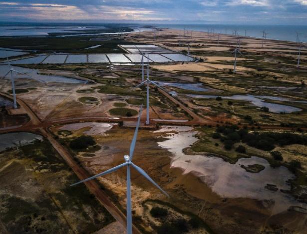 Fazenda de produção de energia eólica, em Galinhos