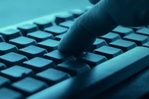 Ocasião faz o ladrão: dark web faz explodir casos de pornografia infantil (Foto: Getty Images)