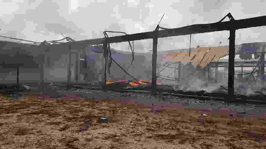 Depósito do órgão federal Dnocs (Departamento Nacional de Obras de Combate às Secas) em Marco (223 km de Fortaleza) fica destruído após incêndio ocorrido no sábado (5) - Divulgação/Dnocs
