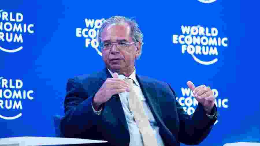 23.jan.2020 - O ministro da Economia, Paulo Guedes, durante o fórum econômico mundial em Davos, na Suíça - World Economic Forum/Ciaran McCrickard