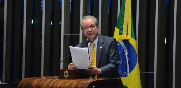 José Aníbal (PSDB-SP) lidera o grupo de senadores que quer discutir a economia com Michel Temer