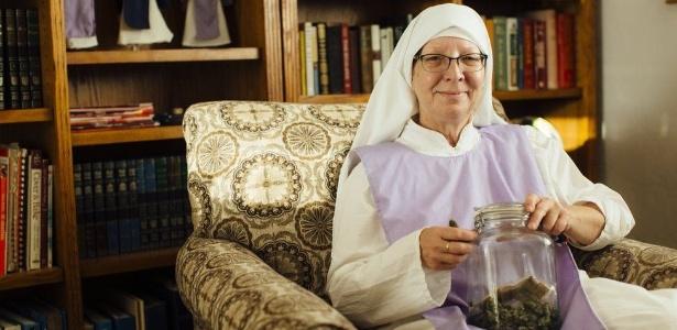 Freira da Sisters of the Valley diz que autoridades tentaram obrigar a ordem a se mudar - Soraya Matos