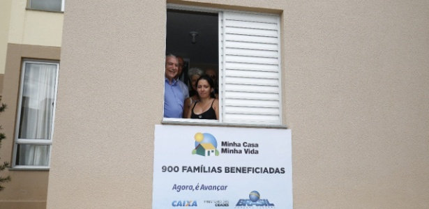 Presidente Michel Temer entrega 900 unidades do programa Minha Casa Minha vida a famílias em Limeira (SP)