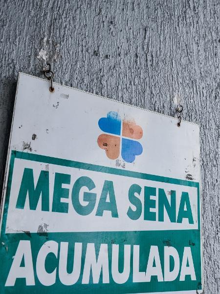 Mega-Sena 2231 teve sorteio realizado na noite de hoje no Espaço Loterias Caixa, em São Paulo - Reinaldo Canato / UOL