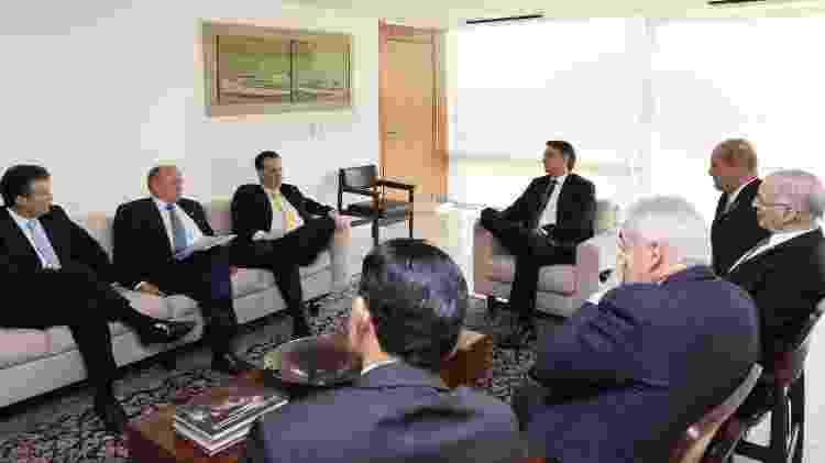 Bolsonaro durante audiência integrantes do PSD, entre eles, Gilberto Kassab, presidente nacional da sigla - Marcos Corrêa/PR