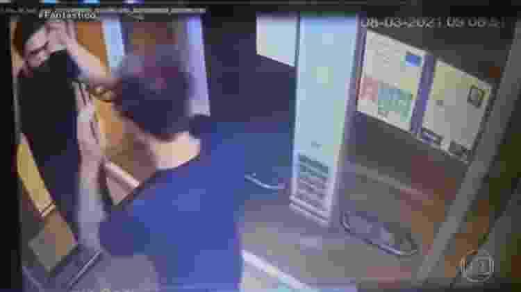 Câmeras do prédio em que o menino morreu registram Dr. Jairinho saindo do local novamente - Reprodução/TV Globo - Reprodução/TV Globo