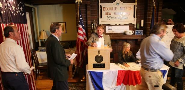 Os habitantes de três cidades do estado de Nova Hampshire tem como tradição terminar o processo de votação em menos de 10 minutos