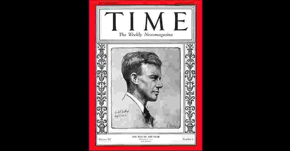 """Charles Lindbergh (1927) - A escolha de personalide do ano da """"Time"""" surgiu em 1927 para nomear a pessoa que mais teve influência naquele período, """"para o bem ou para o mal"""", como a revista frisa. O primeiro escolhido não foi nenhum líder mundial, e sim o norte-americano Charles Lindbergh, que em 1927 se tornou a primeira pessoa a voar o Atlântico em um avião, sozinho, sem paradas. O trajeto foi de Nova York a Paris - Reprodução/Time"""