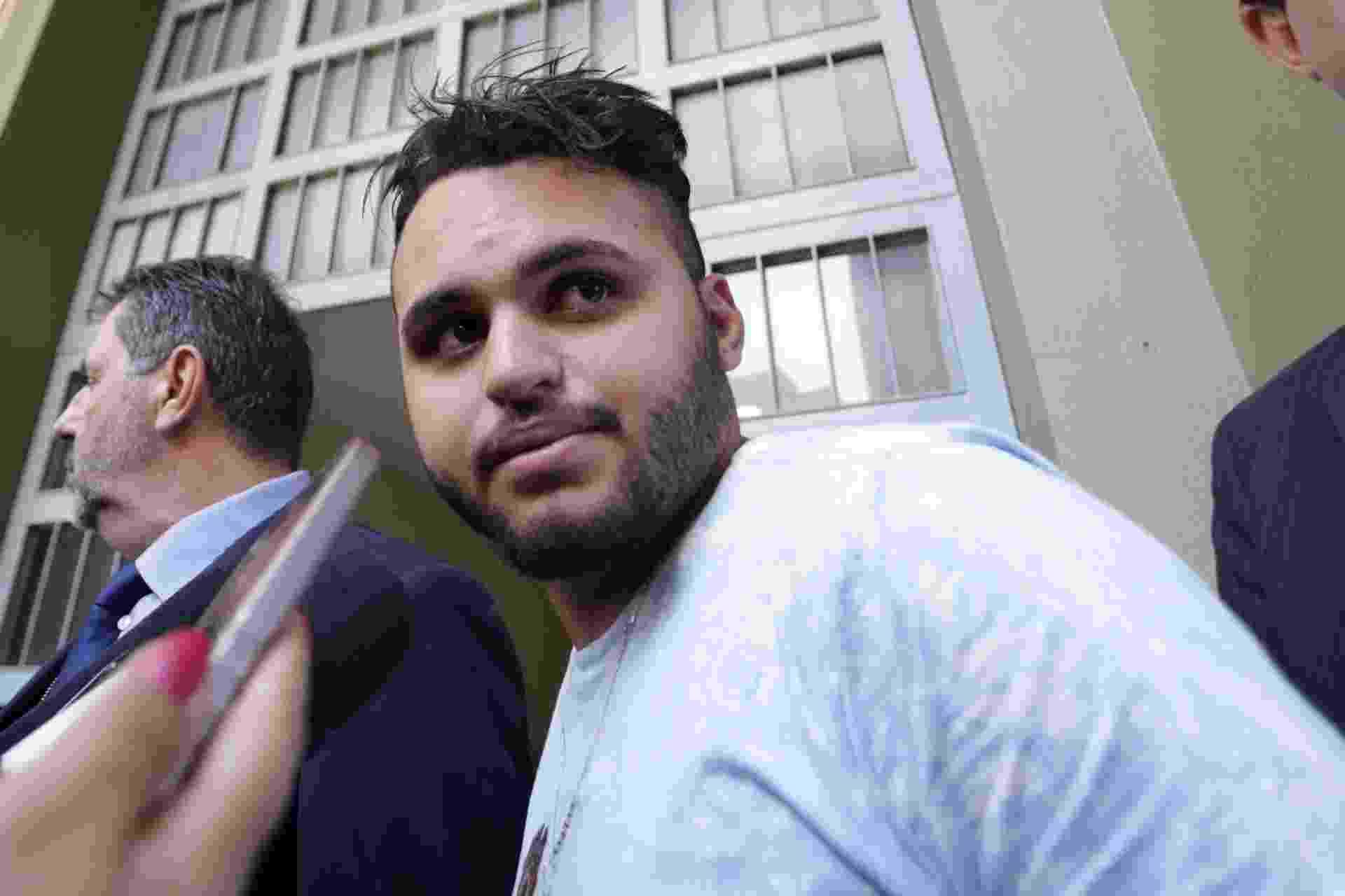"""28.dez.2016 - A Polícia Civil prendeu na noite de terça-feira (27) Ricardo do Nascimento Martins, 21, um dos suspeitos do espancamento que causou a morte do ambulante Luiz Carlos Ruas na estação Pedro 2º do Metrô paulista. Ele disse que foi agredido por Ruas, que está """"arrependido"""" e que não é """"uma má pessoa"""" - Newton Menezes/Futura Press/Estadão Conteúdo"""