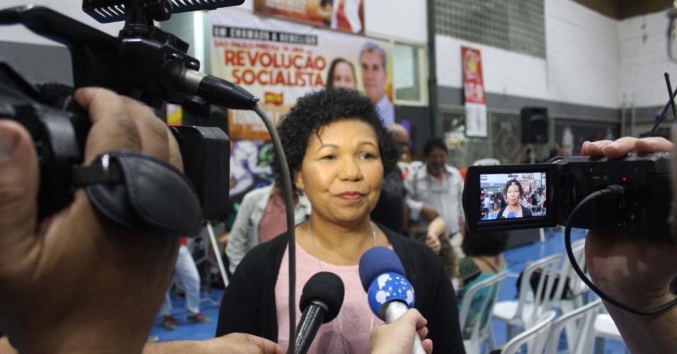 20.jul.2018 - Vera Lúcia concede entrevista após ser oficializada como candidata do PSTU à Presidência da República