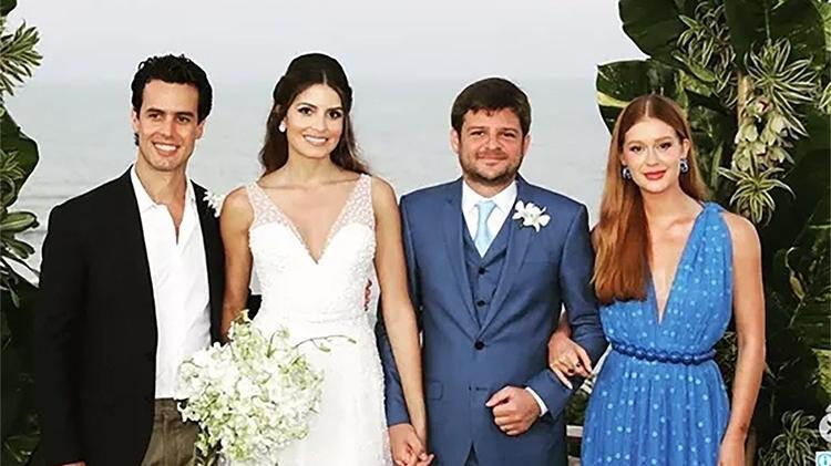 O empresário Xandinho Negrão, o casal Maysa Marques e Eduardo Mussi e atriz Marina Ruy Barbosa em cerimônia realizada em setembro - Reprodução/Instagram