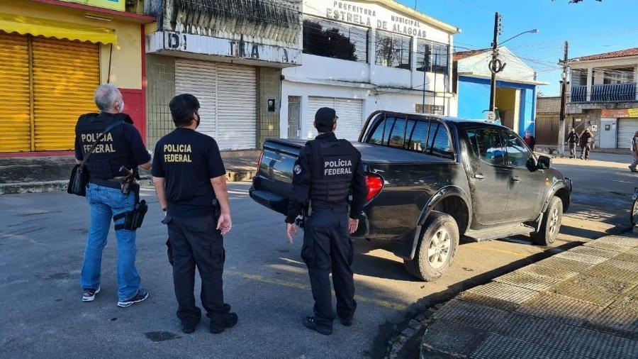Ao todo, 150 policiais cumpriram 35 mandados de busca e apreensão em 9 municípios alagoanos - Divulgação/PF