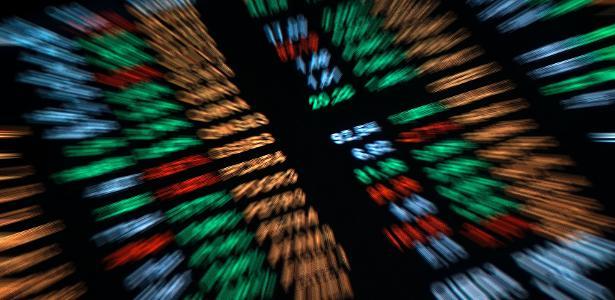 Crise em gigante chinesa e mais 3 temas que podem afetar a Bolsa hoje