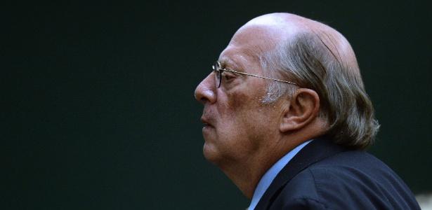 """Miguel Reale critica """"lenga-lenga"""" dos defensores de Dilma - Andressa Anholete/AFP"""