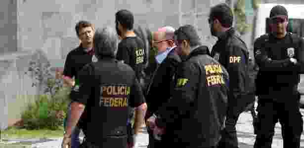 Agentes da Polícia Federal durante a Operação Greenfield - Werther Santana - 05.set.2016/ Estadão Conteúdo