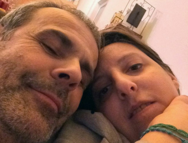 O médico Leonardo Cazzaniga e a enfermeira Laura Taroni em foto divulgada pela imprensa italiana