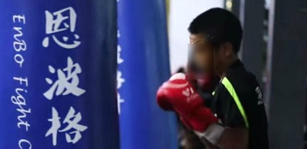 Minidocumentário sobre crianças em academia de MMA abriu debate sobre direitos infantis