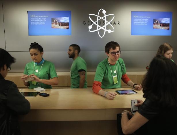 O 'Genius Bar' em loja da Apple em Manhattan, Nova York