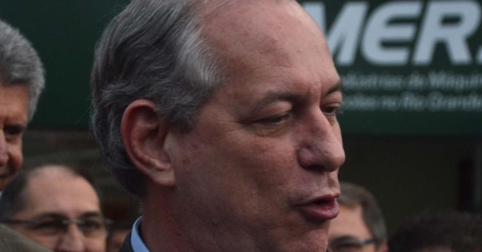 31.ago.2018 - O candidato à Presidência da República, Ciro Gomes (PDT), visita a Expointer em Esteio (RS), nesta sexta-feira (31)