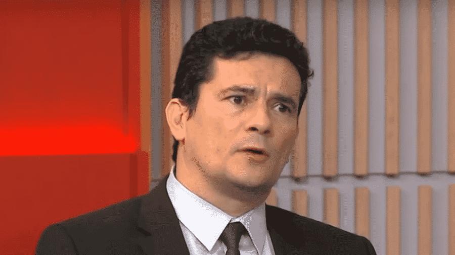 15.jan.2019 - Moro dá entrevista à Globo News no dia da assinatura do decreto que flexibiliza a posse de armas - Reprodução