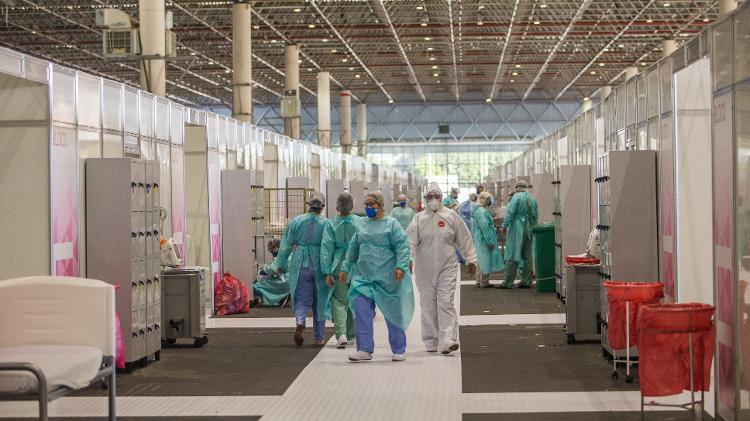 Pandemia no Brasil | Prefeitura de SP diz que registrará queixa contra deputados que invadiram hospital