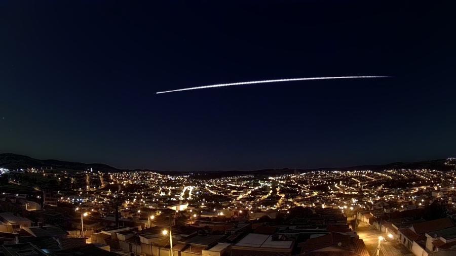 Meteoro é visto no céu dos estados de SP, RJ, MG e ES  - Divulgação/Bramon