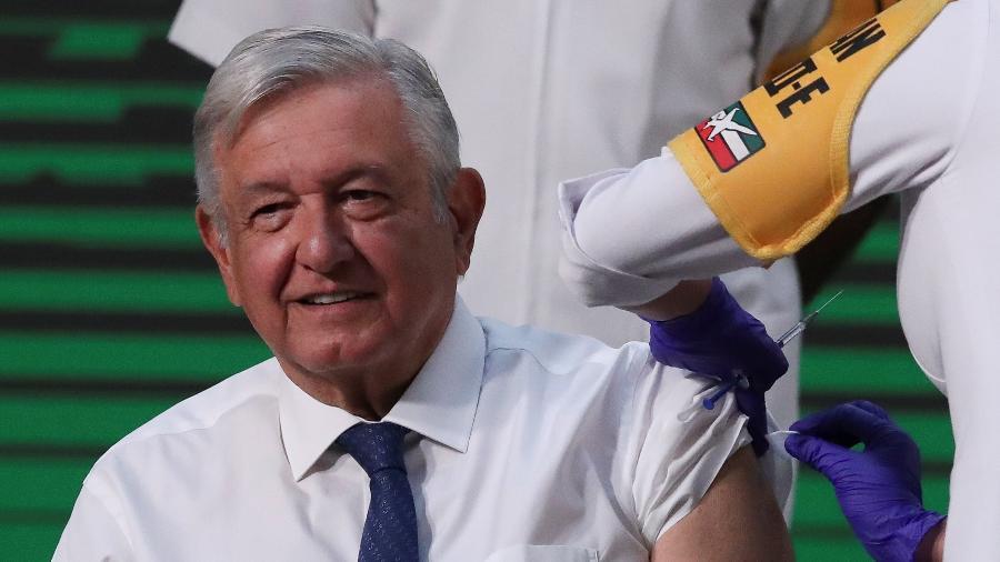 Presidente do México espera concluir vacinação contra covid-19 em outubro - Henry Romero/Reuters