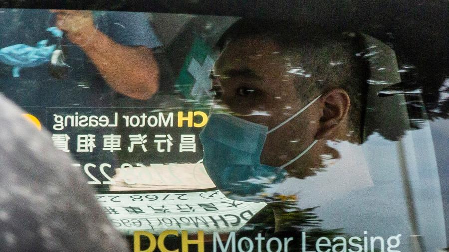 6.jul.2020 - Tong Ying-kit foi considerado culpado de terrorismo por atropelar três policiais com sua motocicleta e por incitar a secessão - Isaac Lawrence/AFP