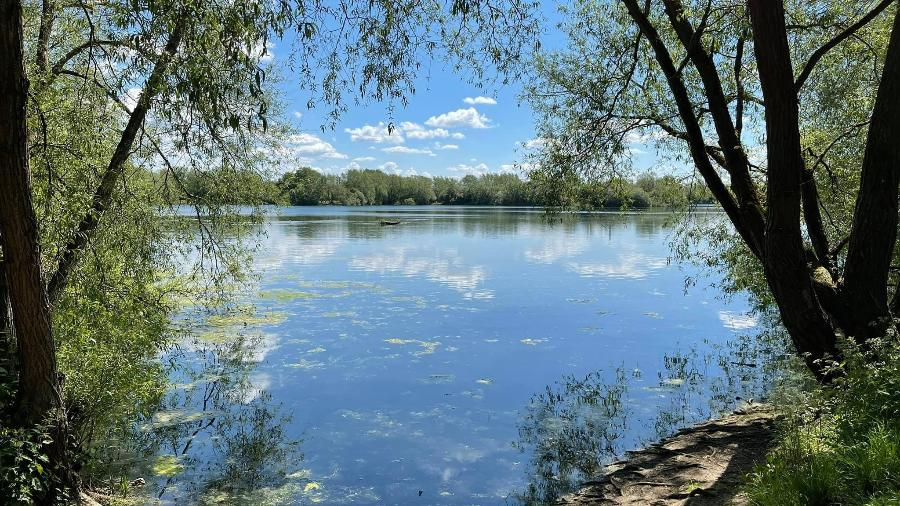 Adolescente morreu no Ducklington Lake, na Inglaterra - Arquivo Pessoal/Stefan Tomas