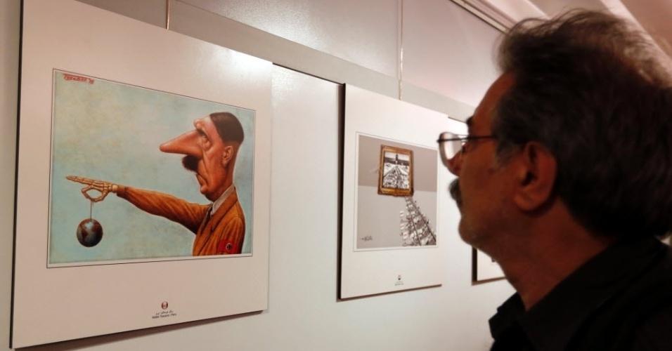 """14.mai.2016 - Uma exposição internacional de caricaturas anti-israelenses foi inaugurada neste sábado em Teerã, no Irã, com 150 desenhos procedentes de quase 50 países, que denunciam a política do Estado hebreu no Oriente Médio. A polêmica mostra intitulada """"Segunda exposição internacional de caricaturas sobre o Holocausto"""" recebeu críticas no governo iraniano"""