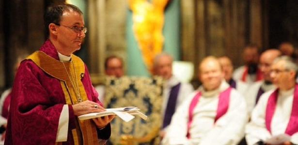 Nicholas Chamberlain, bispo da Igreja anglicana inglesa, declarou-se homossexual