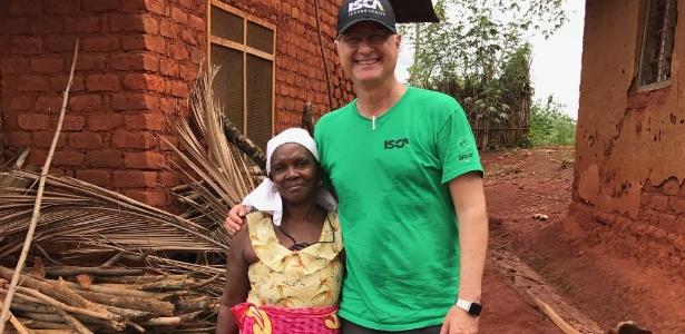 Agenor Mafra-Neto diz que inseticida foi testado com sucesso na Tanzânia - BBC