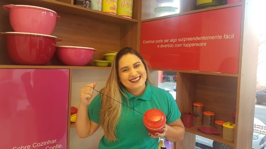 Nayara Sousa é vendedora da Tupperware - Divulgação