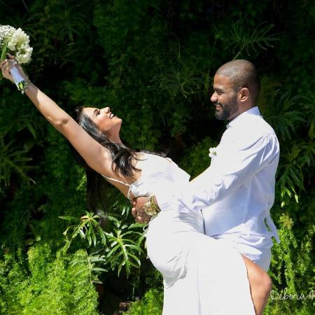Arlindinho, filho de Arlindo Cruz, e Ayeska Massaia ao se casarem no Rio - Reprodução/Instagram/@deboraraphaelfotografia