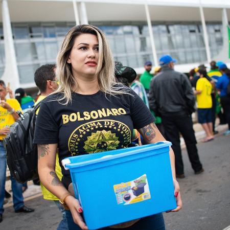 Sara Winter, durante manifestação do grupo 300 do Brasil, em Brasília - Getty Images
