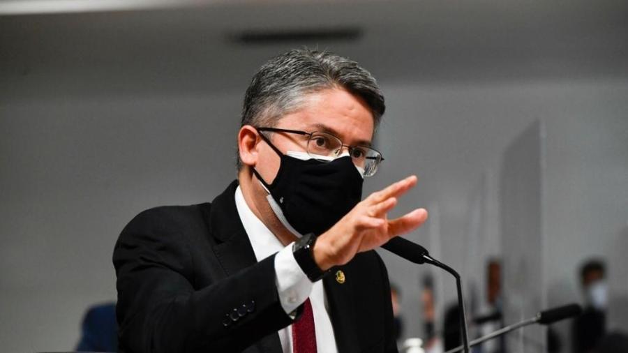 Senador Alessandro Vieira pretende fazer representação contra Luís Carlos Heinze  - Divulgação