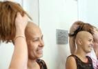 Voluntárias fazem dia de beleza para mulheres com câncer em instituto de SP - Rahel Patrasso/ Xinhua