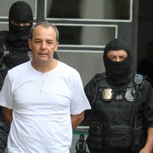 Cabral está preso desde novembro sob acusação de ter movimentado R$ 224 milhões em propinas