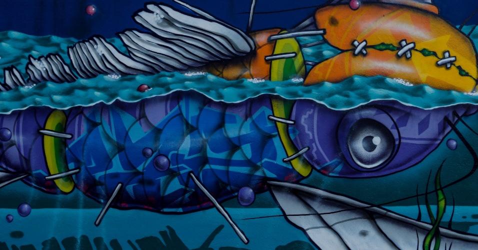 23.mar.2017 - Um projeto realizado por 14 grafiteiros de São Paulo trouxe 11 murais ao entorno de dois banheiros públicos da marquise do Ibirapuera.