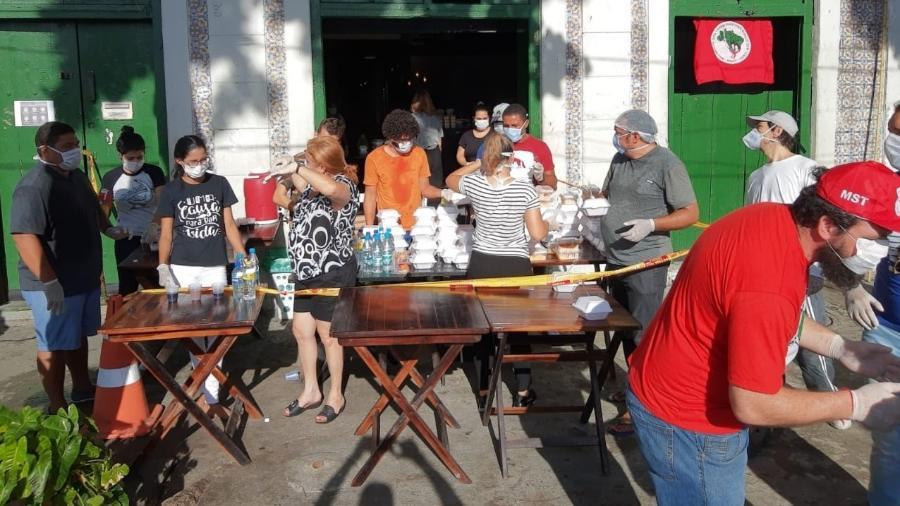 Igreja e MST criam cozinha solidária para alimentar população de rua em PE - Divulgação