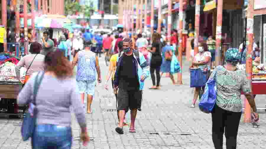 8.mai.2020 - Movimentação em via da zona norte do Rio em meio à pandemia do novo coronavírus - Cléber Mender/Agência O Dia/Estadão Conteúdo