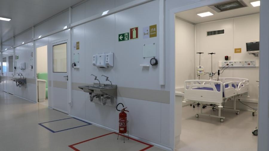 Leito no Centro Hospitalar para a Pandemia de Covid-19, inaugurado no Rio de Janeiro pela Fiocruz para auxiliar no atendimento a pacientes com covid-19 - Paulo Lara