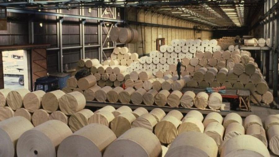 Diversos setores sofrem com a falta de matéria-prima e alta de preços no Brasil - BBC