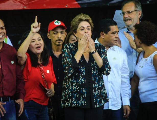 A presidente afastada, Dilma Rousseff, participa de ato em apoio à retomada de seu mandato, na Praça Floriano Peixoto, em Belém. O ato é organizado pela Frente Brasil Popular do Pará